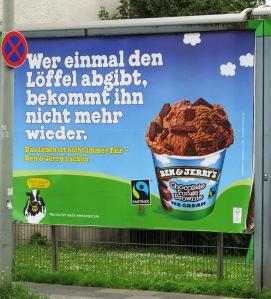 keine fake, Duisburger Plakatwerbung / foto: parcelpanic