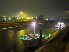 Blick auf Containerterminal Nord / foto: parcelpanic