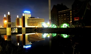 Duisburg NightLight (Schwanentor) / foto: parcelpanic